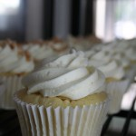 Vanilla Bean Cupcake fileld with slow sturred Lemon Curd